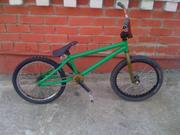 Продаю   велосипед BMX. Рама Haro